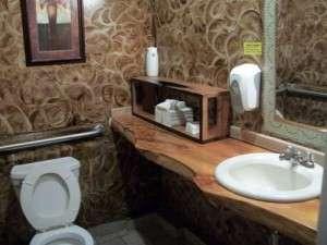 Vigneto Cafe Bathroom