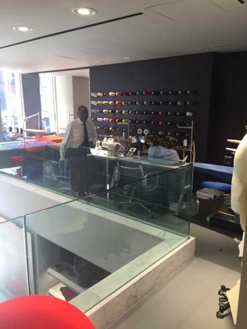 Store retail desk