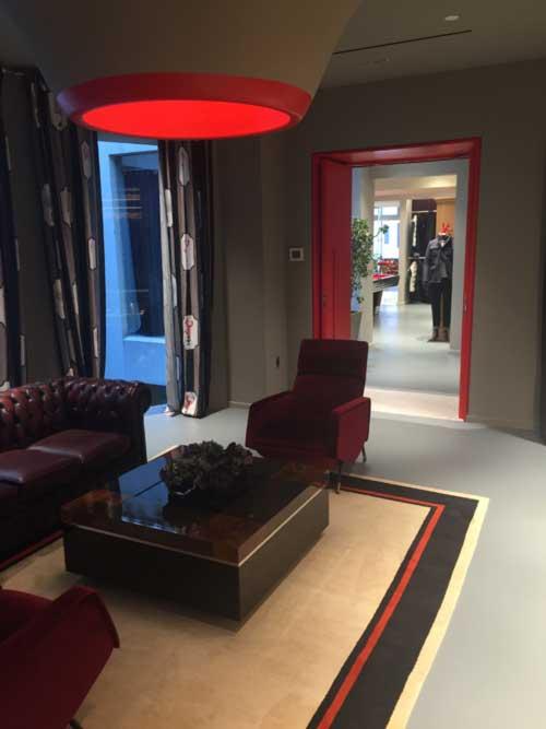 Retail store lounge